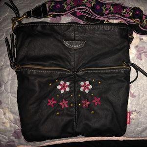 UNIONBAY Bags - Union Bay Crossbody Bag